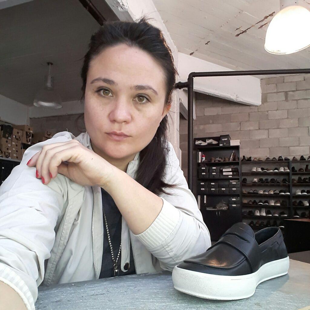 D.I. Marcia Quiroz - Diseñadora  y Técnica Modelista de Calzado